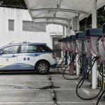 چین تولید ۵۵۳ اتومبیل بنزینی را متوقف کرد